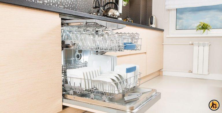 Comment nettoyer mon lave-vaisselle ?