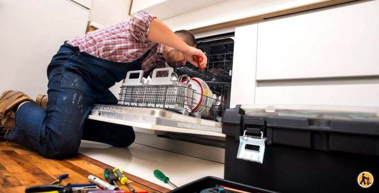Comment installer un lave-vaisselle encastrable ?